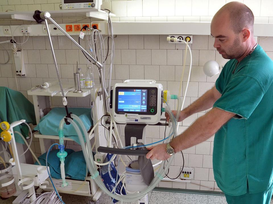 ventilátor pre riadené dýchanie