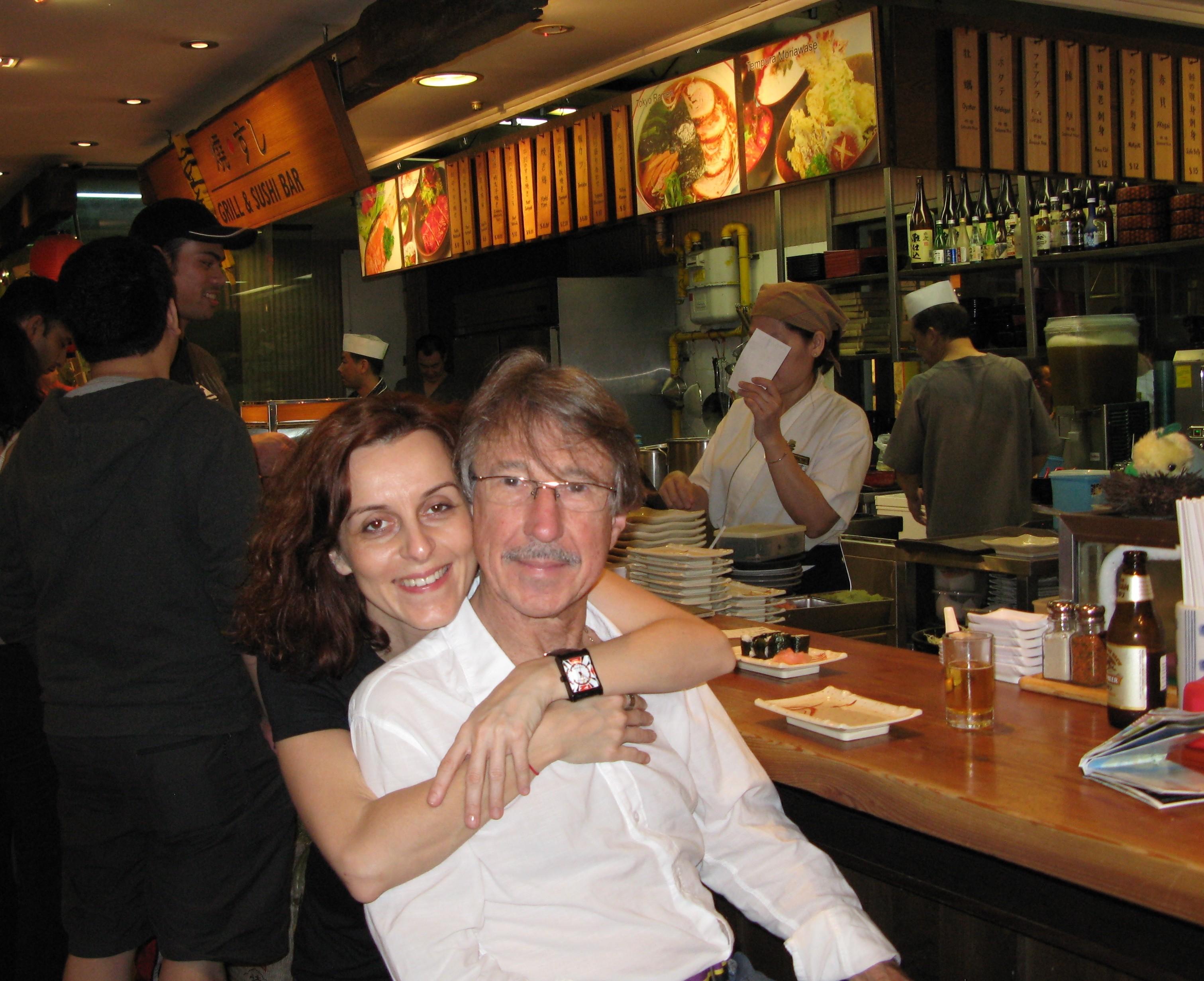 S manželom
