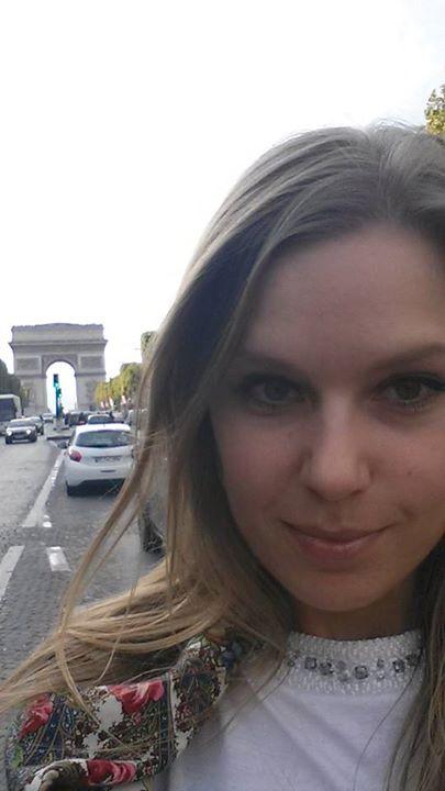 SIlvia Trajčíková v Paríži
