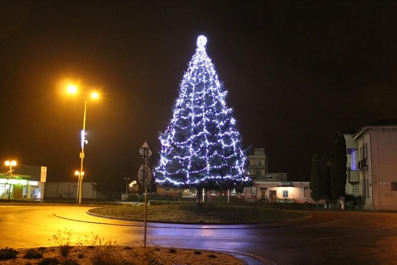Vianočný stromček v Trebišove 3