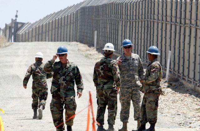 2c5f9ec97 Americké ministerstvo obrany plánuje vyslať na hranice s Mexikom ďalších  niekoľko tisíc amerických vojakov. WASHINGTON 29. januára (WebNoviny.sk) –  Americké ...