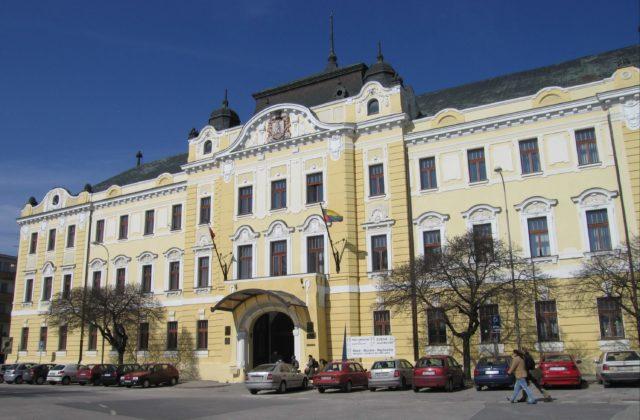 Po rekonštrukcii bude historická budova slúžiť ako Úrad Nitrianskeho  samosprávneho kraja. NITRA 18. decembra (WebNoviny.sk) – Župný dom v Nitre  by mal byť ... 39441aba808