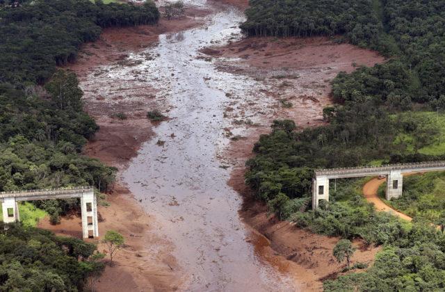 f2f9673bd Pretrhnutie priehrady v štáte Minas Gerais si vyžiadalo 99 mŕtvych. RIO DE  JANEIRO 31. januára (WebNoviny.sk) – Úrady v Brazílii varovali pred vodou z  rieky ...