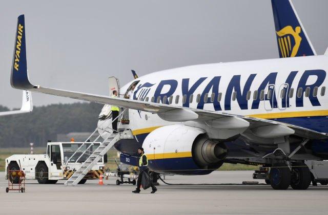 dae5656b6cb48 ... ktorý vstúpil do platnosti 31. marca a potrvá do 26. októbra tohto  roka. BRATISLAVA 1. apríla (WebNoviny.sk) – Nízkonákladová spoločnosť  Ryanair ...