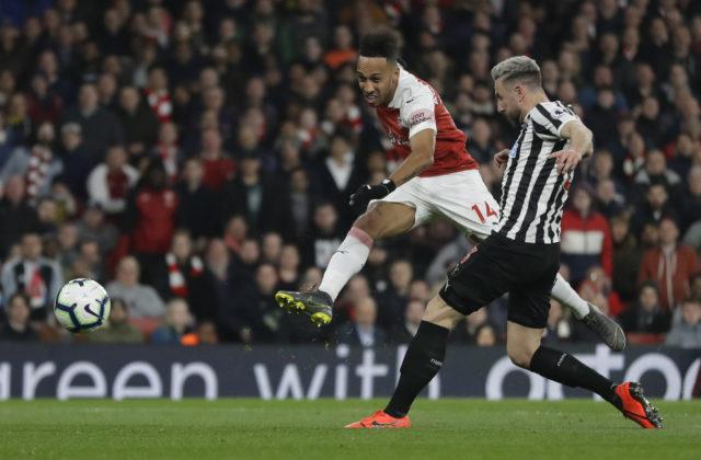 df1f06d171d12 LONDÝN 1. apríla (WebNoviny.sk) – Futbalisti Arsenalu Londýn zvíťazili v  pondelňajšej dohrávke 32. kola najvyššej anglickej súťaže Premier League  2018/2019 ...