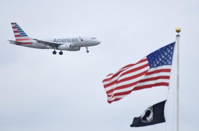 3d1d307c1f0af NEW YORK 11. apríla (WebNoviny.sk) – Lietadlo americkej leteckej  spoločnosti American Airlines z New Yorku do Los Angeles sa v stredu ...