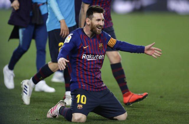 04201ad983eba Lionel Messi získal už šiestu Zlatú kopačku, Kylian Mbappé sa na neho  nedotiahol