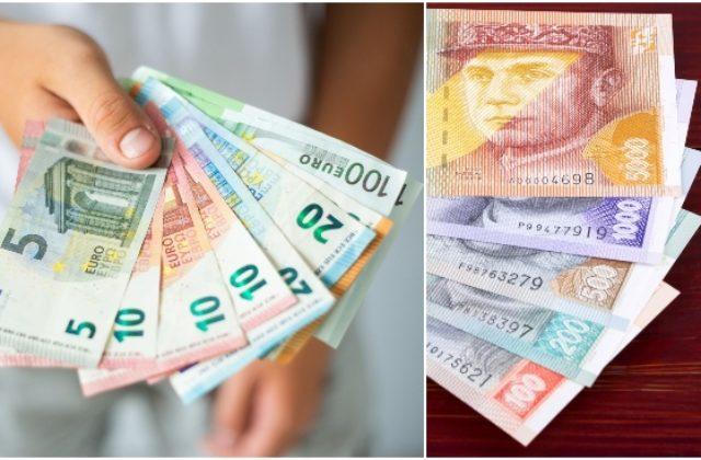 97ddf3b9f Ministri financií 27 krajín Európskej únie stanovili 8. júla konečný  výmenný kurz na 30,126 korún za euro.